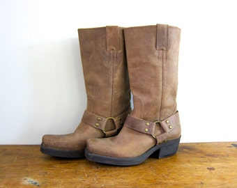Leather Harness Boots Light Brown Cowgirl Leather Durango Vintage 90s Biker Boots Square Toes Chunky Grunge Motorcycle Womens 6