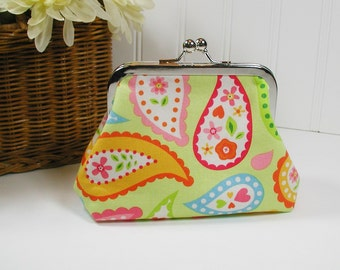 Kiss Lock Purse, Metal Frame Purse.. Sunshine Paisley in Lime
