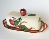 Vintage Franciscan Apple Covered Butter Dish, 1/4 lb stick, Red Apple, Made in USA, Ceramic