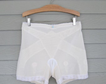Exquisite Form Girdle with Garters