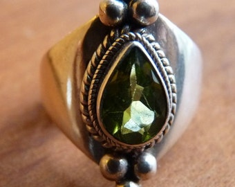 Sterling with peridot teardrop ring