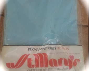 Sheet Double Full Blue Fitted Vintage  Polyester Cotton Blend NOS NIP Retro  Linens Bedding Textiles