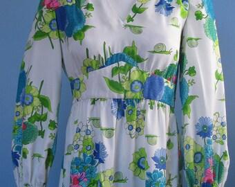 Vintage 60's 70s Hippie Boho Dynasty Floral Snail Empire Waist Maxi Dress S M