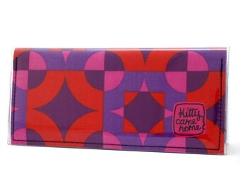 Bi-fold Clutch - Mod retro geometric red and pink vintage fabric