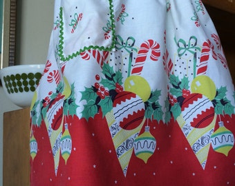 Wonderful Vintage Christmas Apron with Ornaments, Candy Cane, Holly Berry, Gifts 50's 60's Mid Century Modern Fabric