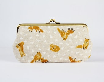 Frame purse with two sections - Foxes on white - Wowlet / Kisslock wallet / Japanese fabric / LOvely fox / Rust white triangles linen blend