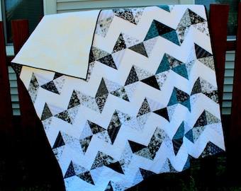 Chevron Quilt Black White Turquoise, Black White Quilt, Quilted Chevron Blanket, Modern Chevron Quilt, Handmade Quilt