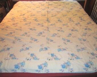 Vintage 1950s/60s Sweet Lightweight Quilted Blue Floral Comforter Bedspread No.2