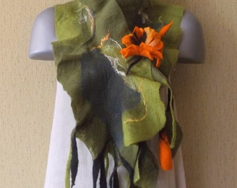 merino wool scarf / Floral felt scarf/ wrap / felt brooch /autumn /winter/green/orange flowers/ merino wool