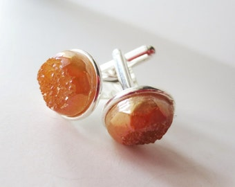 Apricot druzy cuff links.  Titanium druzy.  Peach druzy cuff links. Gold cuff links. Gold druzy. Champagne druzy. Druzy accessory.