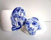 Face - Hand painted porcelain brooch in blue and white Delft -  original Dutch Delft
