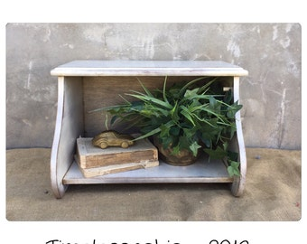 Breadbox - Bread Box - Wooden Bread Box - Bookshelf - Box - Rustic Shelf - Shelf- Storage - Rustic Decor - Kitchen Decor - Farmhouse CHIC