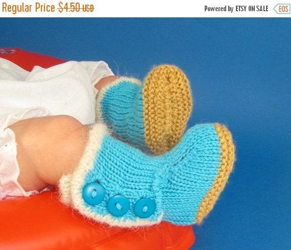 HALF PRICE SALE Digital file pdf download knitting pattern-Baby Fur Trim 3 Button Booties  pdf knitting pattern