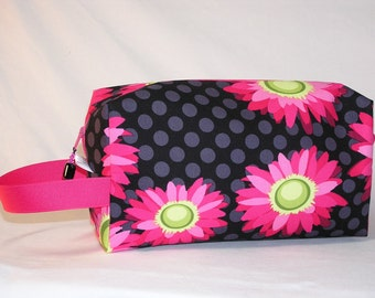 Daisy Dots Project Bag