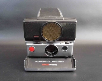 Vintage Polaroid SX-70 Sonar Folding Land Camera