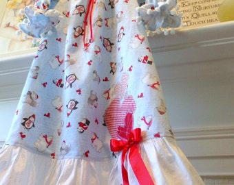 "Christmas Girls Nightgown Size 4T Polar Bear, Penguin, Fox, Flannel, Pom Poms And Ruffle With Hearts"" Flannel Free Shipping betrueoriginals"