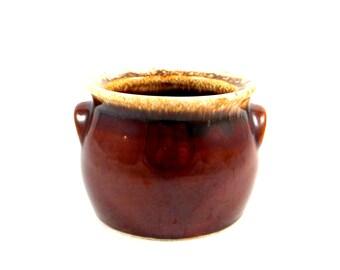Mid Century Hull Bean Pot