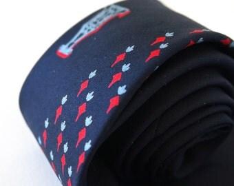 """Vintage 1960s Mens Necktie / 56""""L, Navy Blue Silk"""