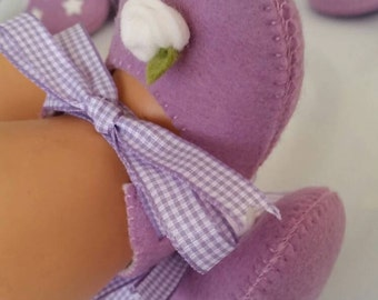 Lilac with white rose woolfelt baby shoes