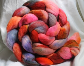 Super fine Merino hand dyed combed Top/ Roving (4.6oz)