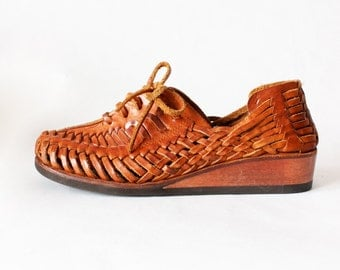 1970s Shoes / Vintage Qualicraft Brown Woven Leather Wedges, size 6.5
