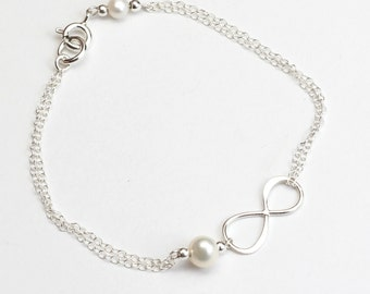 Infinity Bracelet with Pearl - Personalized Sterling Silver Infinity Bracelet - Gift Sister - Birthday Present