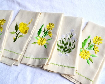 Embroidered Flower Cotton Napkins - A Set of 5