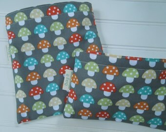 Reusable sandwich and/or snack bag - Reuse sandwich bag - Ecofriendly snack bag - Toadstools