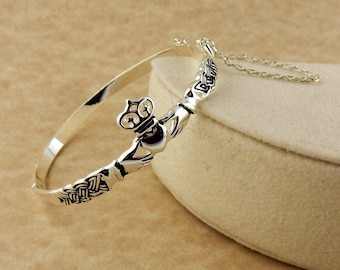 Vintage Irish Silver Claddagh Bangle bracelet with Celtic Knots