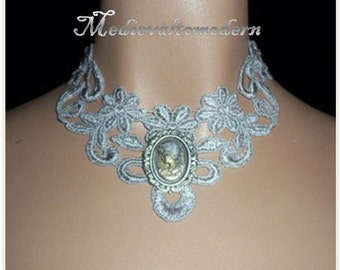Choker Necklace in Chunky Icy Gray Antiqued Cameo Steampunk Venise Victorian Wedding Romantic Fantacy Tatoo Edwardian