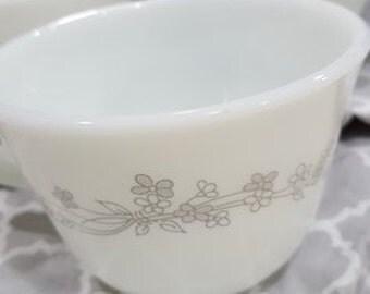 Pyrex Ribbon Bouquet cups