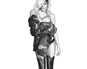 Fergie wears our Edwardian Corset in Lilac Brocade Coutil Center Front Busk Opening S curve