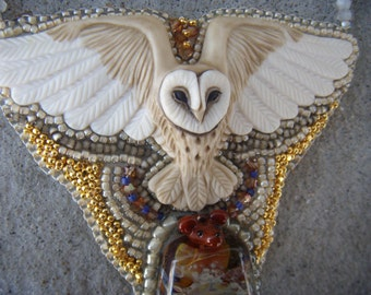 """LAURA MEARS Owl necklace """"Bon Appétit"""" Light weight and VERY eye catching!"""