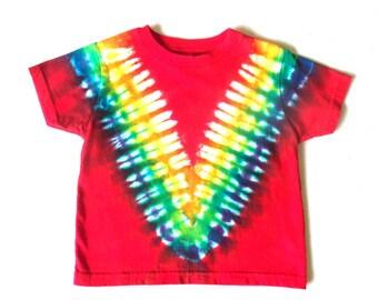 Toddler Boy's Tie-dye T-shirt, Size 3T, scarlet & rainbow V