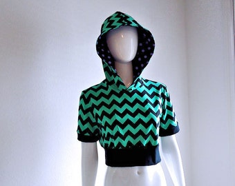 Green / Black • Chevron Stripes • Cropped Hoodie • Hooded Top • Small / Medium • Short Sleeves