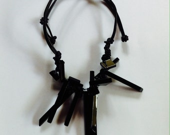 Clairely upcycled jewellery - Necklace - Black Shards