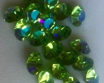 24 Peridot ab 8mm Chaton Rivoli Beads