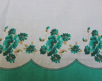 "Cotton FABRIC Novelty Border Print Quilting 1940 Green Poppies 37"" x 44""  VINTAGE by Plantdreaming"