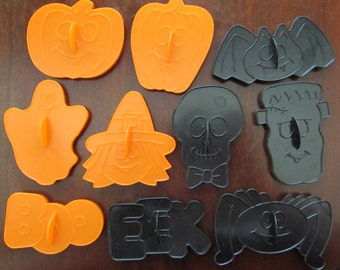 Set of 10 Vintage Wilton Halloween Cookie Cutters