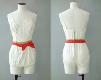 Bow swimsuit | White one piece | 1950's by cubevintage | extrasmall to small