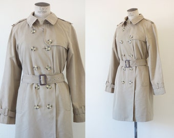 Beige trench | Long fitted belted trench coat | 1990's by Cubevintage | Medium