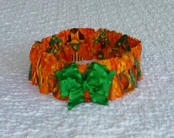 "Thanksgiving Dog Collar, Pet Bandana, Autumn Harvest Dog Scrunchie Collar - satin bow - Size XXL - 20"" to 22"" neck"