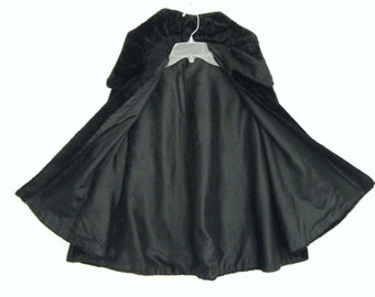 1930s faux beaver fur OPERA CAPE with dramatic VAMPIRE collar // black  cloak capelette