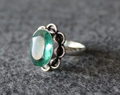 Vintage Glass Green Gemstone Ring Silver 925 Size 8