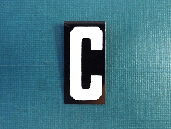 "vintage 40's letter C industrial metal sign 1.5"" long .5"" wide black & white hanging small little tiny mini baked on enamel church board old"