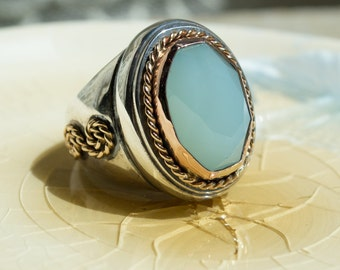 Statement ring, Sterling silver ring, infinity knot ring, braided band, gold silver ring, twotone ring, green jade ring - Out of reach R2178