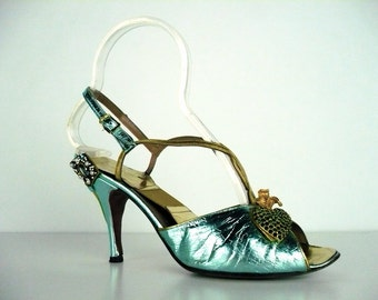 Vintage 1950s Gainsborough Shoes, Aqua Gold Metallic with Green Rhinestone Heart and Pearl Trim, SpringO-lator, Size 7 US/Canada 38 Euro 5UK