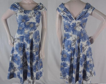 Vintage 50s Dress S Blue Floral Cotton Pleated Shoulders Fit & Flare