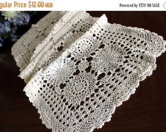 Crocheted Table Runner, Vintage Crochet, Table Scarf, White Table Linens 13612
