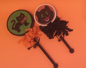 2 Halloween Decoration Noisemaker Shaker Rattles